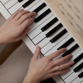 hands playing piano Intro to Music Improvisation: Keyboard online course by Becky Coffey on Luma Learn