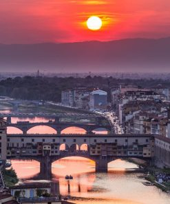 Sunset view of bridge Ponte Vecchio. Florence, Italy studied in online course on luma learn