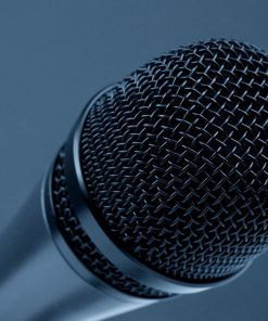 microphone used in public speaking online course with Luma Learn