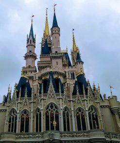 Disney STEAM : The Magic Kingdom online course taught by abigail warner on luma learn